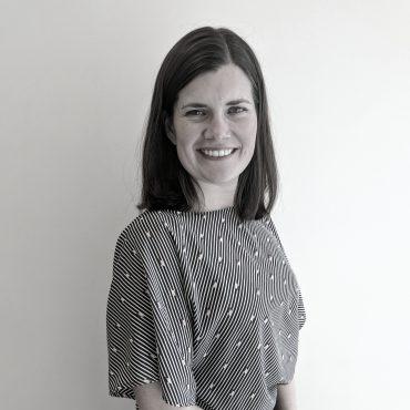 """<a target=""""_blank"""" class=""""teamMemberName"""" href=""""https://www.linkedin.com/in/jenburstedtcorrea/"""">Jen Burstedt Correa </a>"""